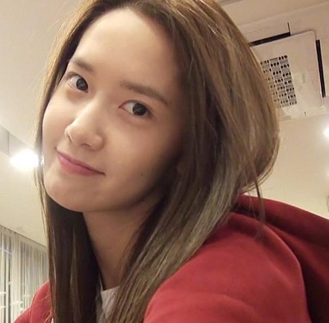 """Xinh đẹp như Yoona vẫn bị chuyên gia trang điểm than phiền """"làm rất khó"""" là sao? ảnh 5"""