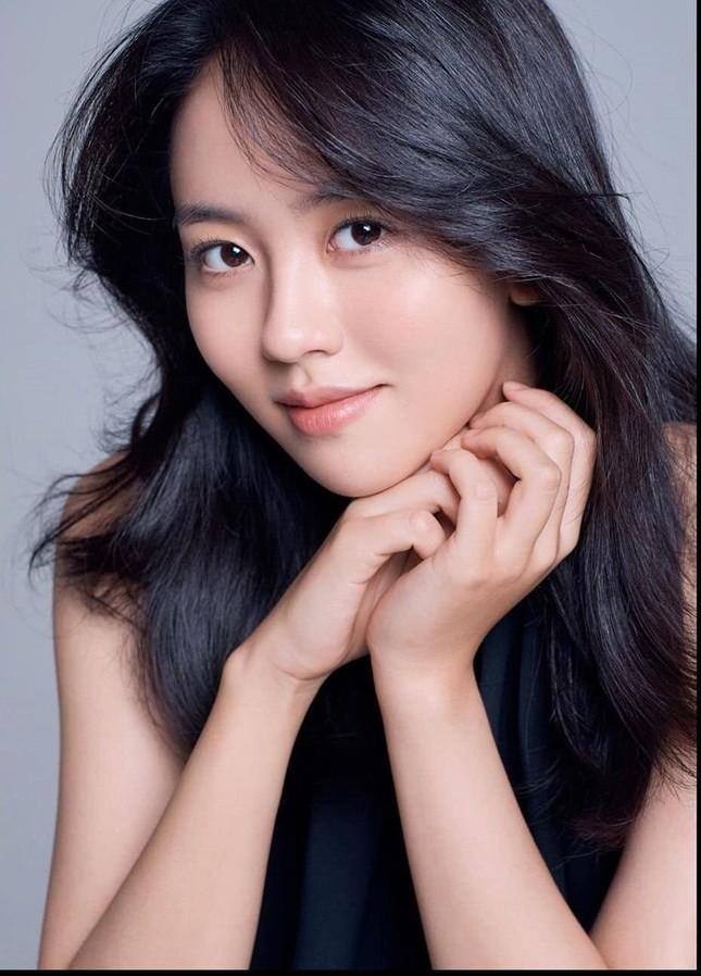 Top 10 mỹ nhân đẹp nhất phim Hàn: Đã đến lúc đàn chị nhường sao trẻ tỏa sáng? ảnh 2