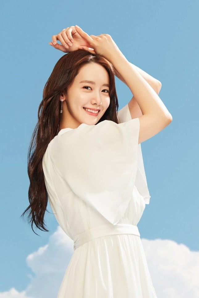 """Xinh đẹp như Yoona vẫn bị chuyên gia trang điểm than phiền """"làm rất khó"""" là sao? ảnh 8"""