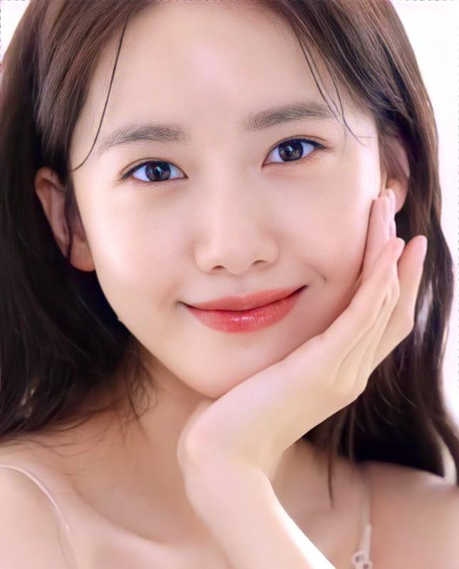 """Xinh đẹp như Yoona vẫn bị chuyên gia trang điểm than phiền """"làm rất khó"""" là sao? ảnh 6"""