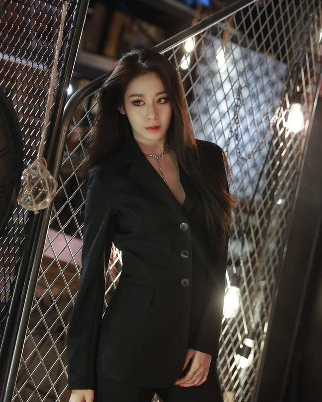 Top mỹ nhân có khí chất bí ẩn nhất K-Pop: Làm sao có thể thiếu Rosé (BLACKPINK)! ảnh 6
