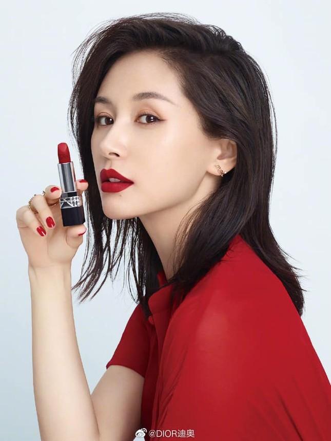 Nàng thơ Dior Beauty Trung Quốc công khai chuyện bí mật có con theo cách cực sốc ảnh 1