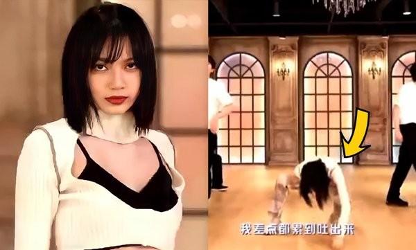 Hết Lisa tới Rosé lộ dấu hiệu mệt mỏi khi kết màn: Chuông báo động sức khỏe của BLACKPINK? ảnh 4
