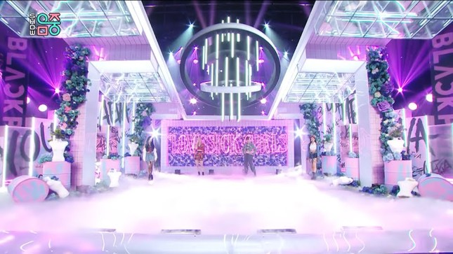 Vì sao sân khấu quảng bá của BLACKPINK lúc nào cũng đẹp và hoành tráng miễn chê? ảnh 8