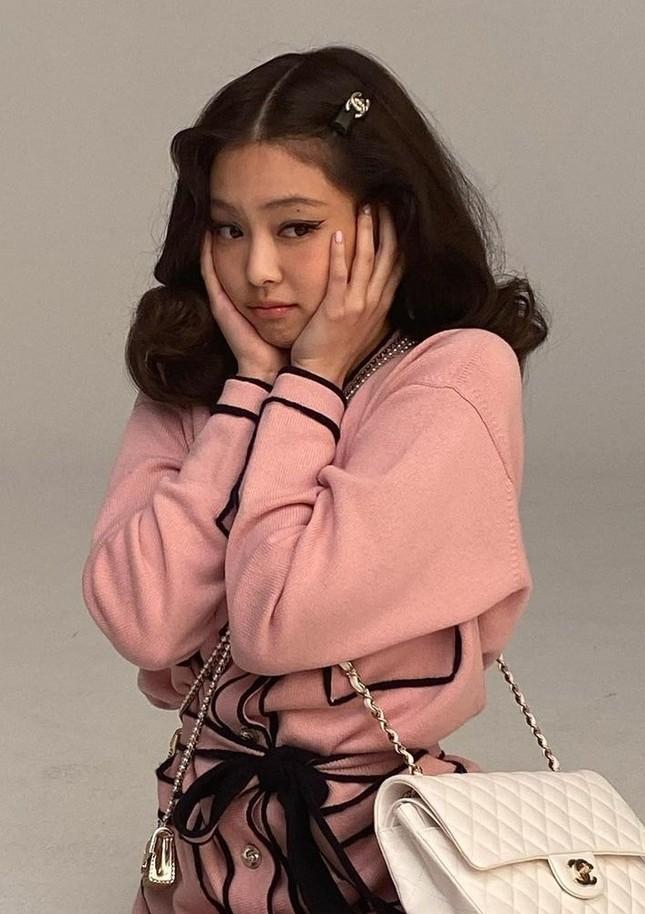 """Không phải idol xinh đẹp nhất nhưng Jennie chính là cô gái """"cân được mọi kiểu tóc"""" ảnh 1"""