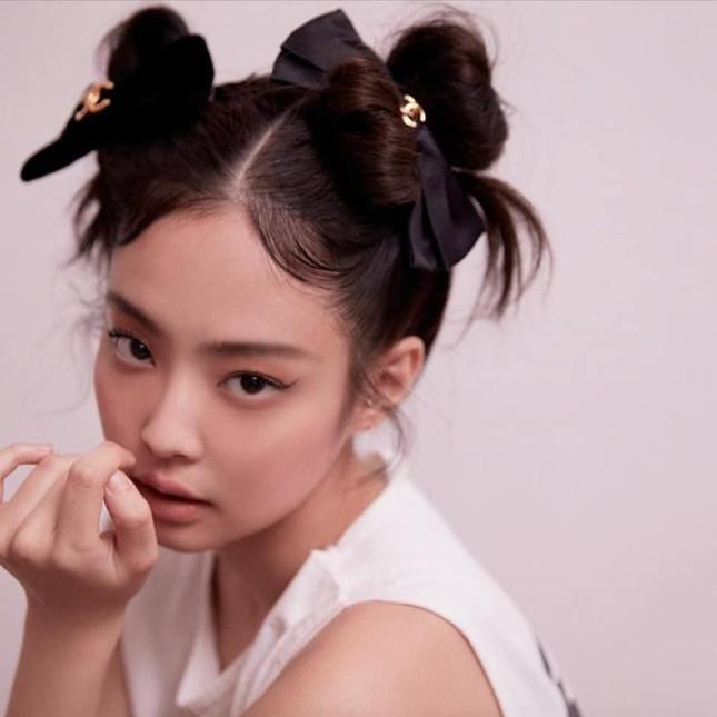 """Không phải idol xinh đẹp nhất nhưng Jennie chính là cô gái """"cân được mọi kiểu tóc"""" ảnh 11"""