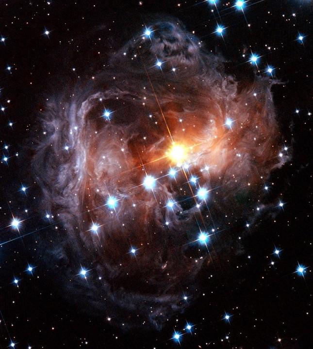 """Xem ảnh chụp vũ trụ trong ngày sinh: Người đẹp lung linh, người nhận hình """"thật ba chấm"""" ảnh 5"""