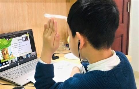 Trạm tin nóng: Hà Nội yêu cầu không công bố công khai địa chỉ, mật khẩu lớp học trực tuyến ảnh 1