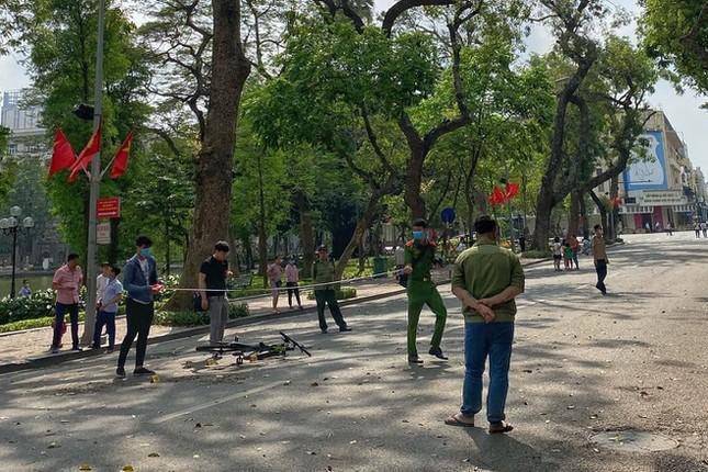Việt Nam ghi nhận thêm 2 ca mắc mới COVID-19 từ nước ngoài về ảnh 1