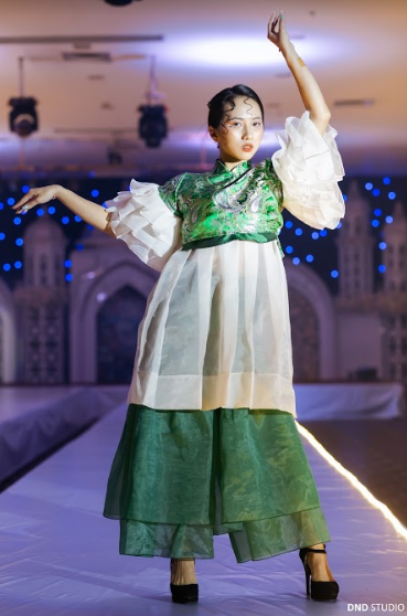 LaMode 2020: Mãn nhãn với show thời trang lấy cảm hứng từ thời kỳ Phục Hưng của Amser ảnh 1