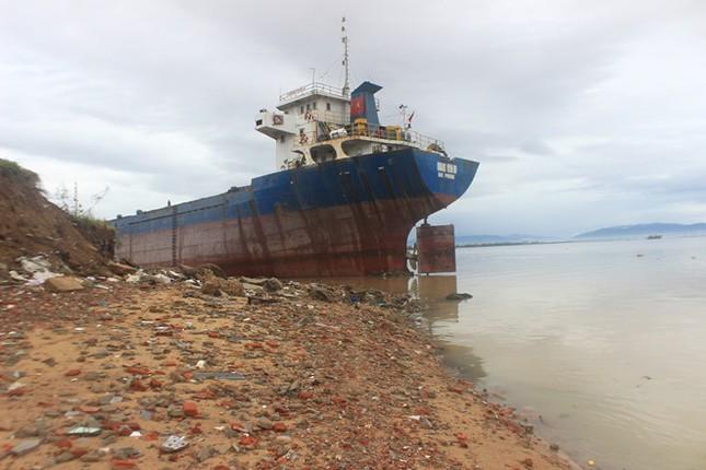 Sau bão số 5: Quảng Ngãi hư hại hơn 400 nhà, sóng đánh sập kè ở Bình Định ảnh 21
