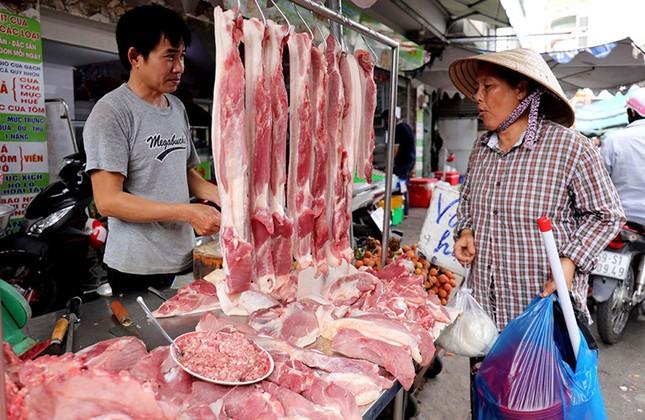 Từ ngày 1/4, đưa giá thịt lợn hơi về mức bình quân 70 nghìn đồng/kg ảnh 1