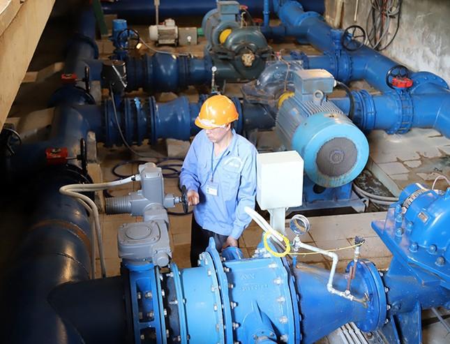 Hỗ trợ thiết bị đảm bảo nước sạch cho người vùng lũ ở Hà Tĩnh ảnh 1