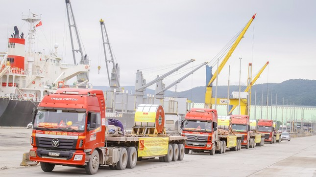 Tập đoàn Hoa Sen nhộn nhịp xuất khẩu tôn mạ xuyên Tết Tân Sửu 2021 ảnh 1