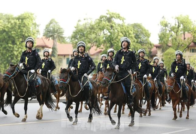 Thượng úy kỵ binh lọt top 20 gương Cảnh sát cơ động tiêu biểu ảnh 2