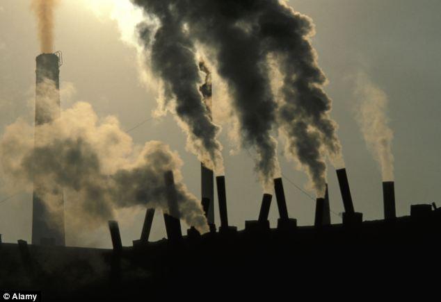 Trung Quốc dùng máy bay không người lái làm sạch ô nhiễm ảnh 3