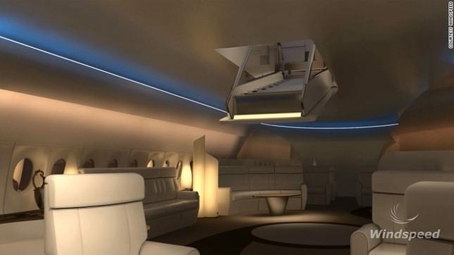 Đi thang máy lên nóc máy bay để ngắm cảnh ảnh 3
