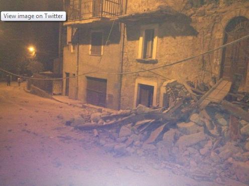 Động đất rung chuyển Italia, ít nhất 6 người thiệt mạng ảnh 1