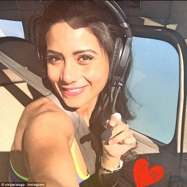 Lời cuối của nữ cơ phó xinh đẹp trên chiếc máy bay tử thần ảnh 1