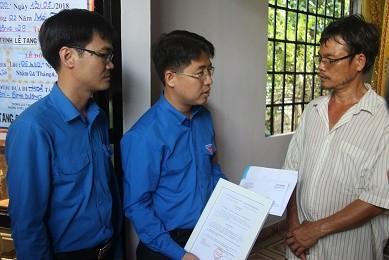 Truy tặng 'Huy hiệu Tuổi trẻ dũng cảm' cho hiệp sỹ Nguyễn Hoàng Nam ảnh 2