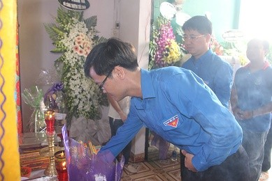 Truy tặng 'Huy hiệu Tuổi trẻ dũng cảm' cho hiệp sỹ Nguyễn Hoàng Nam ảnh 1