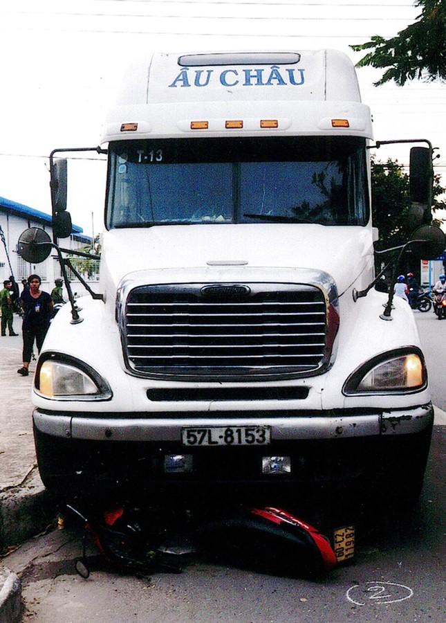 Vì sao tiếp tục tạm giữ phương tiện và hàng hóa của đoàn xe 'vua'? ảnh 2