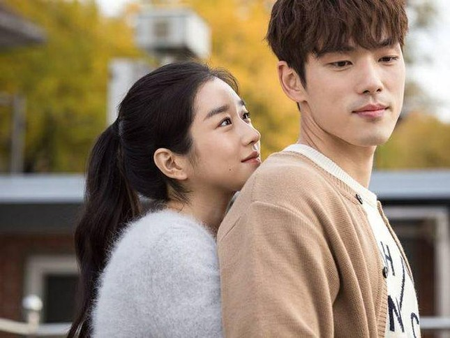 """Scandal """"Điên nữ"""" Seo Ye Ji - Con cưng cũng hóa con ghẻ khi công chúng đồng loạt """"quay xe"""" ảnh 3"""