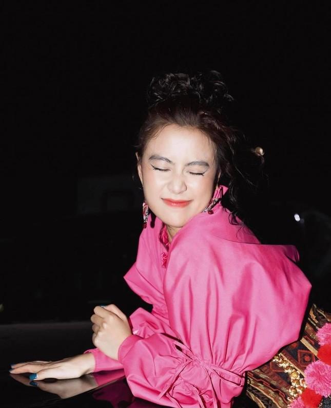 """Hết AMEE đến Hoàng Thùy Linh trở thành """"nạn nhân"""" của âm thanh livestream ảnh 5"""