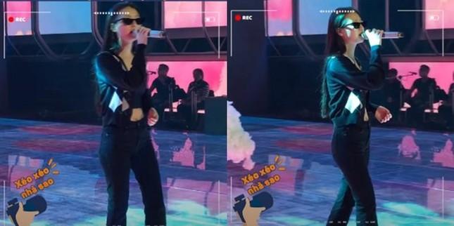 """Netizen """"đào"""" lại clip hát live """"nguyên bản"""" của AMEE và khuyên cô nên làm ngay điều này ảnh 2"""