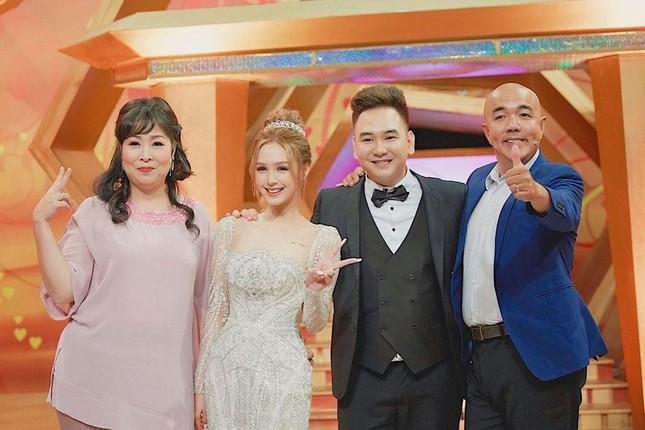 """""""Streamer giàu nhất Việt Nam"""" Xemesis lên sóng truyền hình """"kể tội"""" vợ Xoài Non ảnh 2"""