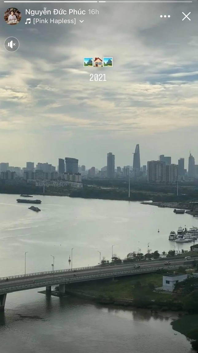 """Đức Phúc mua nhà mới, khoe """"view triệu đô"""" nhìn thẳng ra sông Sài Gòn ảnh 2"""