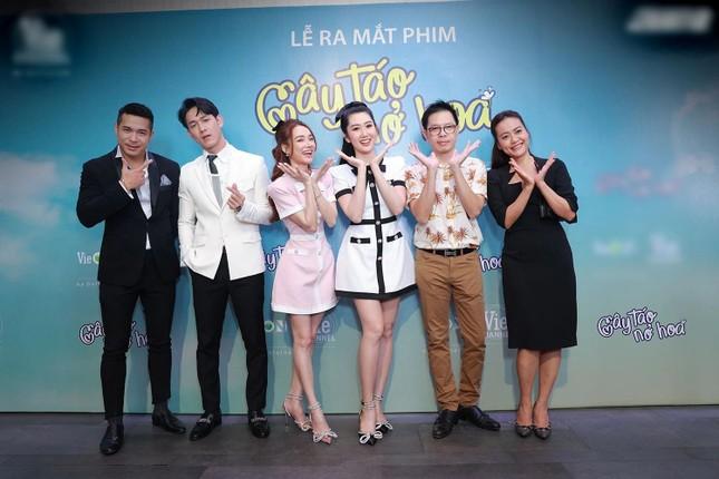 """Sự thật chuyện poster phim """"Cây Táo Nở Hoa"""" đạo nhái phim Hàn """"What's Wrong Poong Sang"""" ảnh 1"""