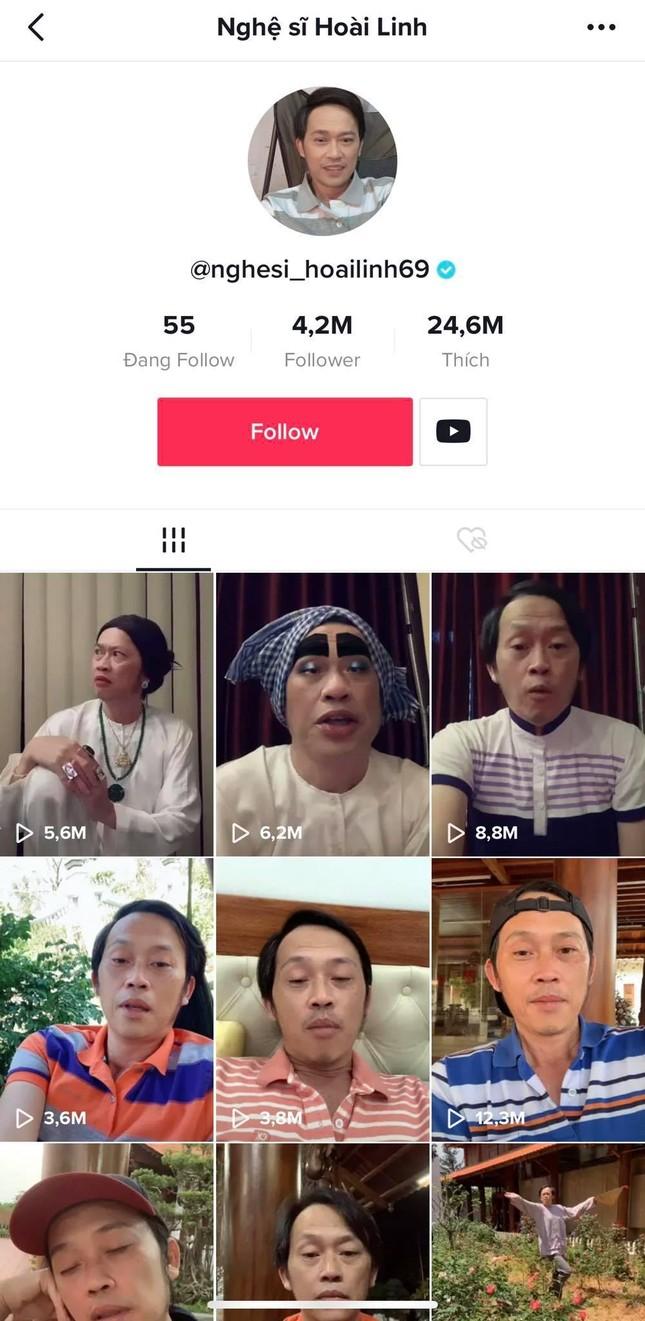 """Không phải ai khác, nghệ sĩ Hoài Linh mới là """"ông trùm"""" mạng xã hội của V-Biz! ảnh 3"""