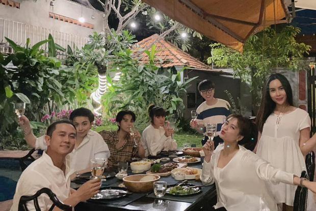 """Gil Lê bất ngờ làm """"phó nháy"""" cho Hoàng Thùy Linh, netizen tiếp tục """"đẩy thuyền"""" ảnh 1"""