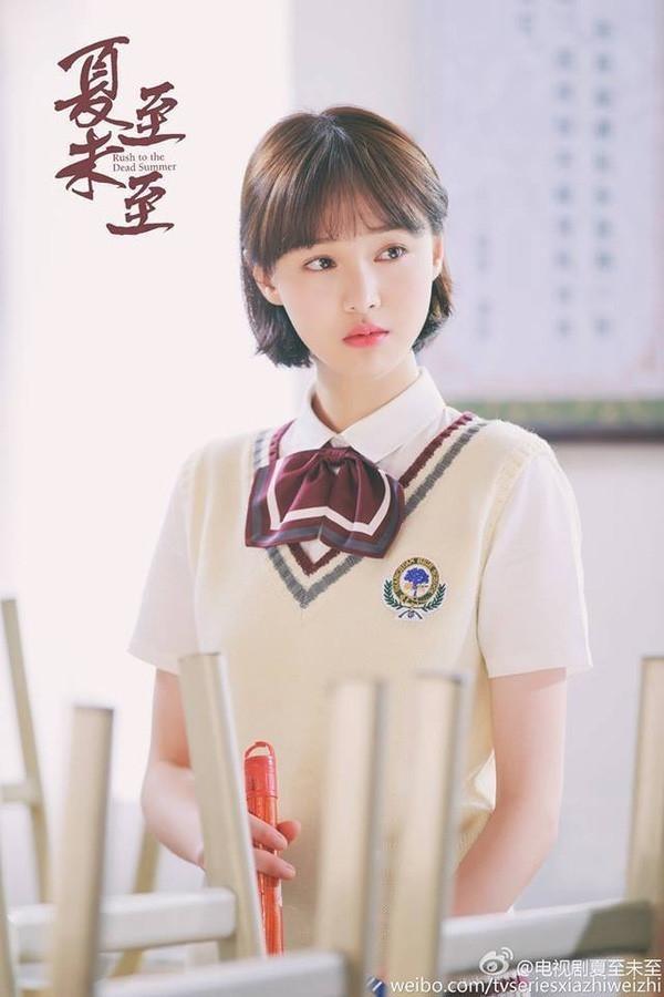 """Phí Phương Anh lại gây tranh cãi khi """"bê"""" nguyên hình ảnh của Trịnh Sảng vào MV mới ảnh 5"""