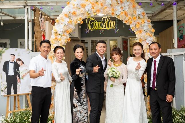 Ninh Dương Lan Ngọc háo hức lên chức chị chồng, netizen lại vào hối cưới ảnh 2