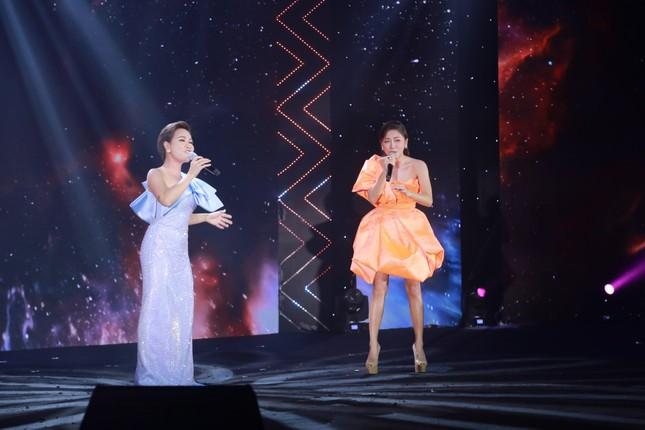 """Uyên Linh - Văn Mai Hương tái ngộ, song ca """"đỉnh của chóp"""" hai bản hit mới ảnh 1"""