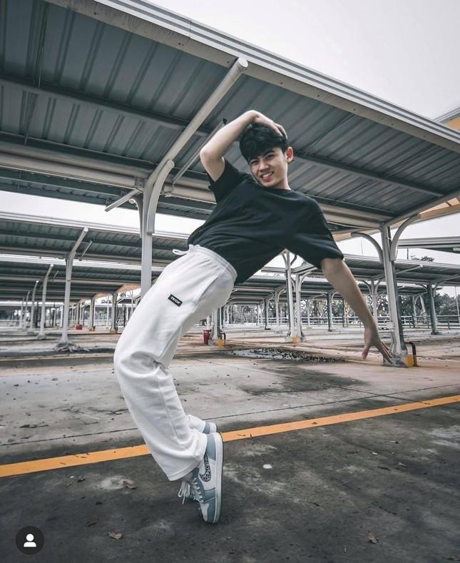 """Chàng trai tiêu điểm: TikToker Nhật Minh - """"cỗ máy nhảy"""" sở hữu nụ cười tỏa nắng ảnh 2"""