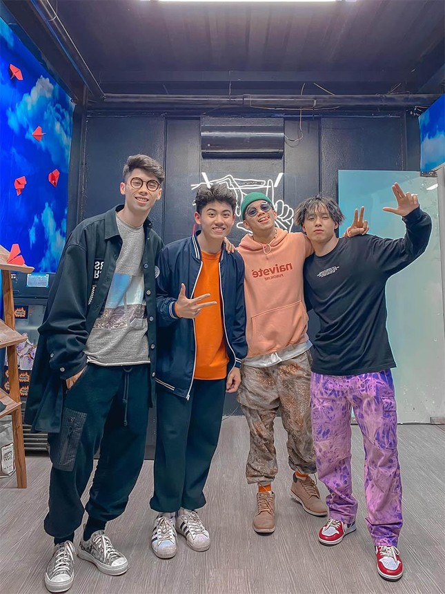 """Chàng trai tiêu điểm: TikToker Nhật Minh - """"cỗ máy nhảy"""" sở hữu nụ cười tỏa nắng ảnh 4"""