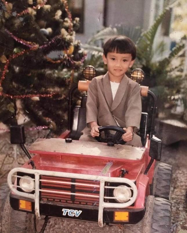 Thuận Nguyễn được Diệu Nhi mừng sinh nhật với... một chiếc nón và hai bài hát? ảnh 2