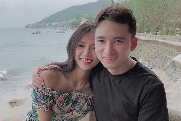 """Vừa lên xe hoa với nhạc sĩ Phan Mạnh Quỳnh, hotgirl Khánh Vy đã bị người lạ """"gạ gẫm"""" ảnh 4"""