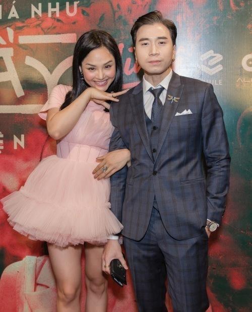 """Karik khoe đang """"tay trong tay"""" bên một người con gái, netizen đồng loạt gọi tên Miu Lê ảnh 5"""