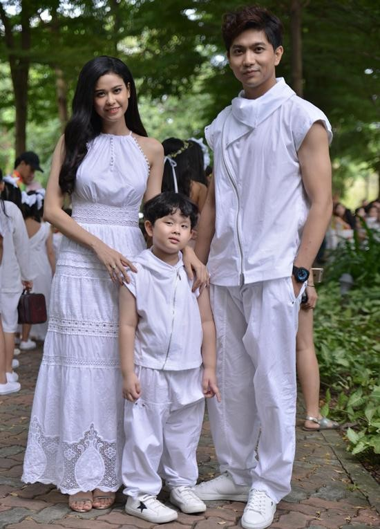 """Tim - Trương Quỳnh Anh cùng đi Phú Quốc với con trai, rộ tin đồn """"nối lại tình xưa"""" ảnh 4"""