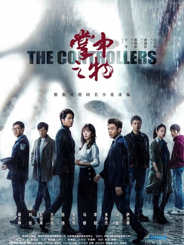 """""""Vật Trong Tay"""": Bộ phim ngược tâm bẻ cong tam quan khán giả hơn cả """"Đông Cung"""" ảnh 1"""