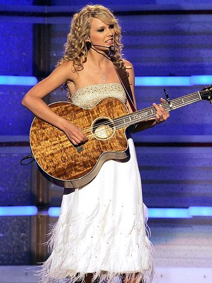 """""""The old Taylor"""" sau 7 năm sắp quay trở lại trên sân khấu nhạc đồng quê ảnh 1"""
