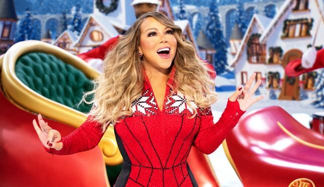 """Thấy """"chị đại"""" Mariah Carey trồi dậy trên đỉnh Billboard là hiểu, Giáng sinh gần lắm rồi! ảnh 1"""