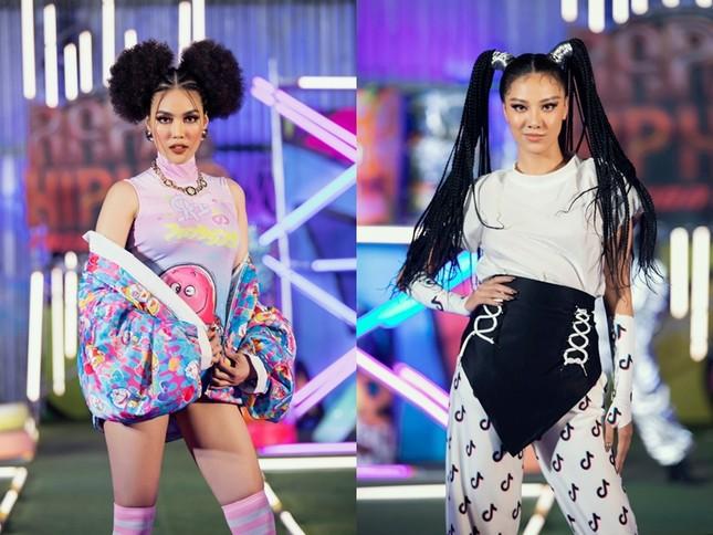 """H'Hen Niê tết tóc cực chất, Thanh Hằng """"catwalk bằng mô tô"""" trong show thời trang Hip-Hop ảnh 6"""