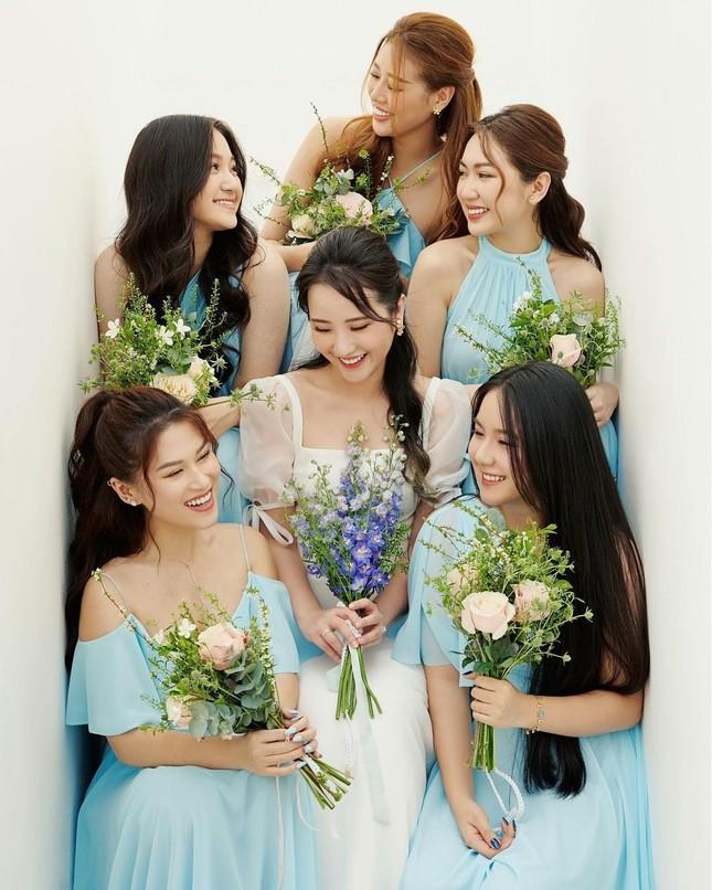 Đám cưới của Primmy Trương - Phan Thành: Đưa đón bằng siêu xe, phù dâu là Hoa hậu ảnh 5