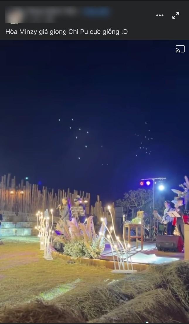 Hòa Minzy nhái giọng Chi Pu hát chênh phô gây cười, fan hai nhà khẩu chiến căng thẳng ảnh 1