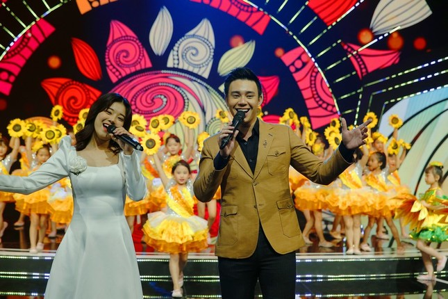 """Bài hát truyền cảm hứng của Đen Vâu trở thành chủ đề chương trình """"Đón Tết cùng VTV"""" ảnh 1"""